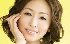 松雪泰子は結婚して旦那がいる?子供だいちの学校は?弟の高村晃平逮捕?